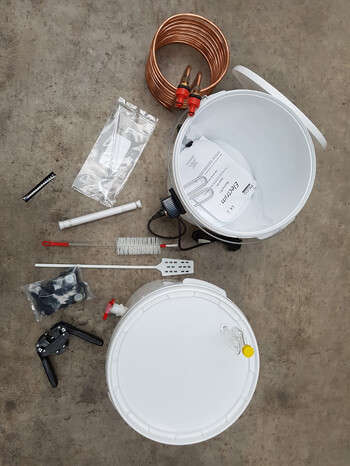 Extract Brewing Starter Kit ( Includes Extract Ingredient kit )